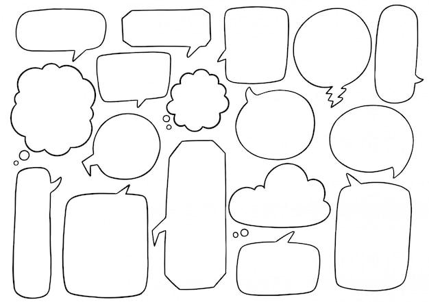 Ensemble de bulle de dialogue mignon dessiné à la main dans un style doodle