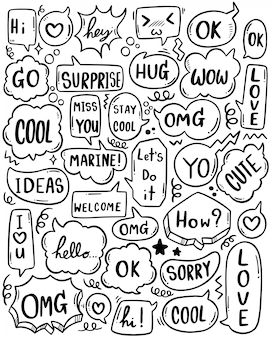 Ensemble de bulle de dialogue mignon dessiné à la main avec du texte dans un style doodle
