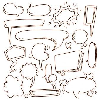 Ensemble de bulle mignon dans le style de doodle