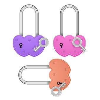 Ensemble de cadenas en forme de coeur