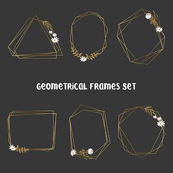 Ensemble de cadres dorés à feuilles géométriques