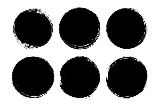 Ensemble de cercle, grunge, peinture noire, encre, coups de pinceau sales.