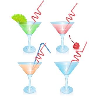 Ensemble de cocktails alcoolisés isolé sur fond blanc