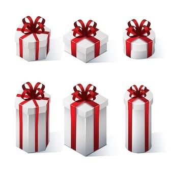 Ensemble de coffrets cadeaux avec des arcs et des rubans. illustration isométrique