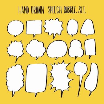 Ensemble de collection de bulles de discours dessinés à la main.