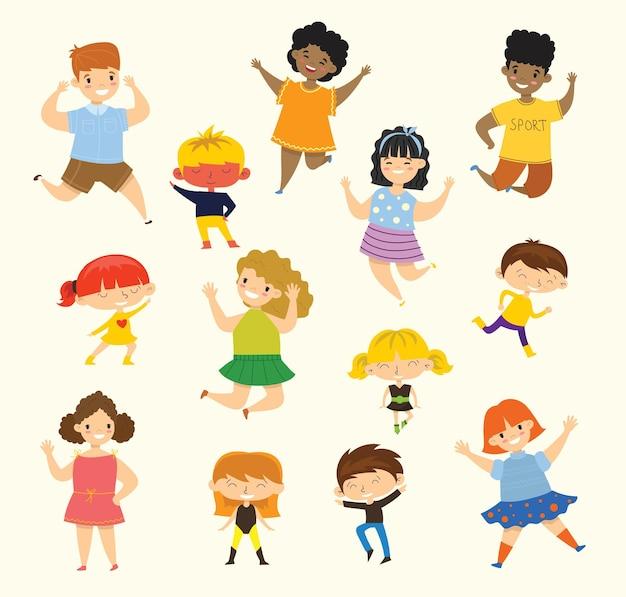Ensemble de collection de petits enfants heureux. isolé sur fond blanc dans le style plat