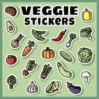 Ensemble coloré d'autocollants de légumes. collection d'étiquettes plates végétariennes