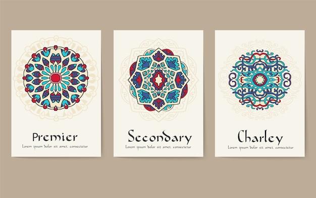 Ensemble de concept de jeu d'ornement de pages de flyer traditionnel. motifs ottomans traditionnels d'art vintage.