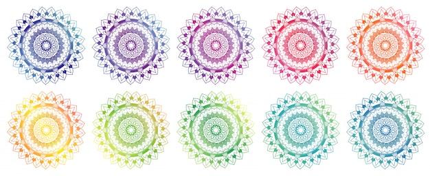Ensemble de conception de mandala en différentes couleurs