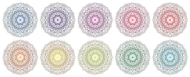 Ensemble de conception de mandala en plusieurs couleurs