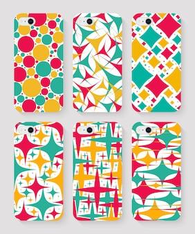 Ensemble de coques de téléphone avec vue de dessus imprimée colorée sur fond gris