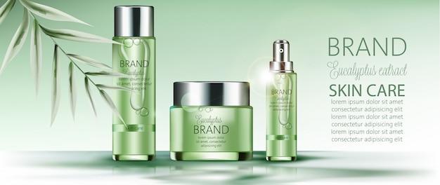 Ensemble de cosmétiques avec place pour le texte. feuille de palmier. soin de la peau. extrait d'eucalyptus. réaliste