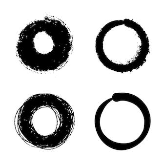 Ensemble de croquis de ligne de cercle doodle vecteur dessinés à la main isolé sur fond blanc.