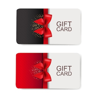 Ensemble de deux cartes-cadeaux isolé sur fond blanc