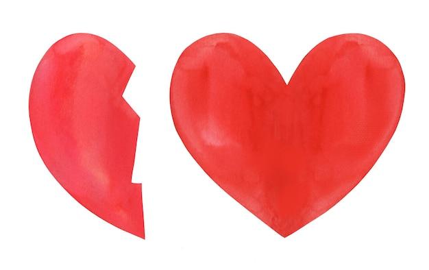 Ensemble de deux coeurs peints à la main à l'aquarelle. l'un est une moitié cassée.