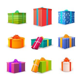 Ensemble de différents coffrets cadeaux lumineux colorés avec des bandes et des arcs