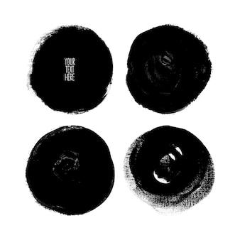 Ensemble de différents coups de pinceau de cercle. illustration dessinée à la main