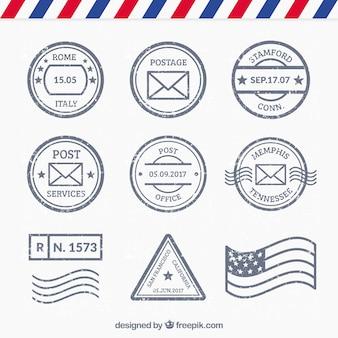 Ensemble de différents types de timbres de poste