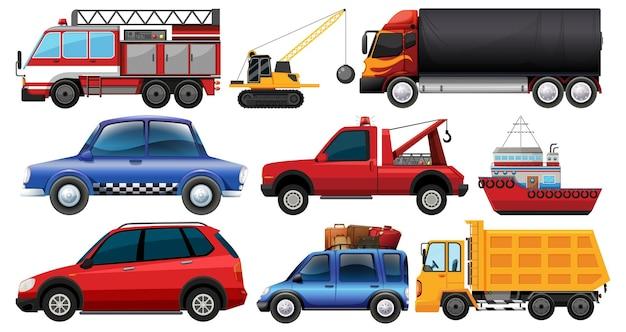 Ensemble de différents types de voitures et de camions isolés sur blanc