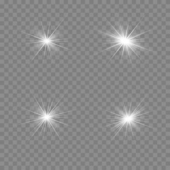 Ensemble d'effet de lumière transparent blanc isolé lueur, lumière parasite, explosion, paillettes, ligne, flash solaire, étincelle et étoiles.