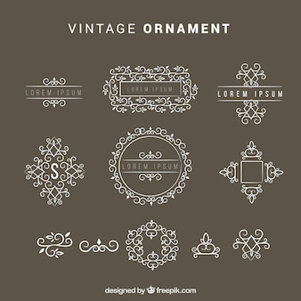 Ensemble élégant d'ornements vintage