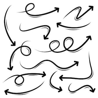Ensemble d'éléments de conception de flèches dessinées à la main.