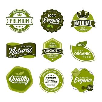Ensemble d'éléments et étiquettes fraîches de nourriture biologique