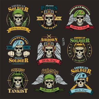 Ensemble d'emblèmes de l'armée