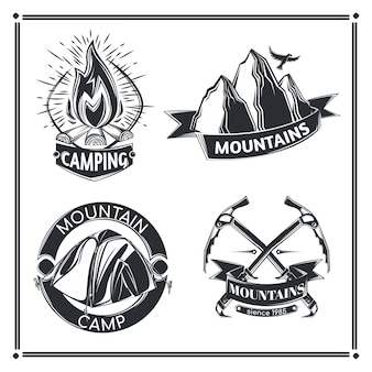 Ensemble d'emblèmes de camping
