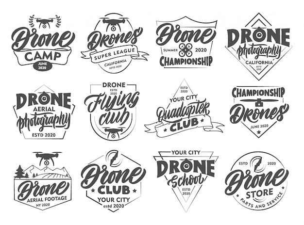 Ensemble d'emblèmes et de timbres de drone vintage. insignes de club de vol, autocollants isolés.