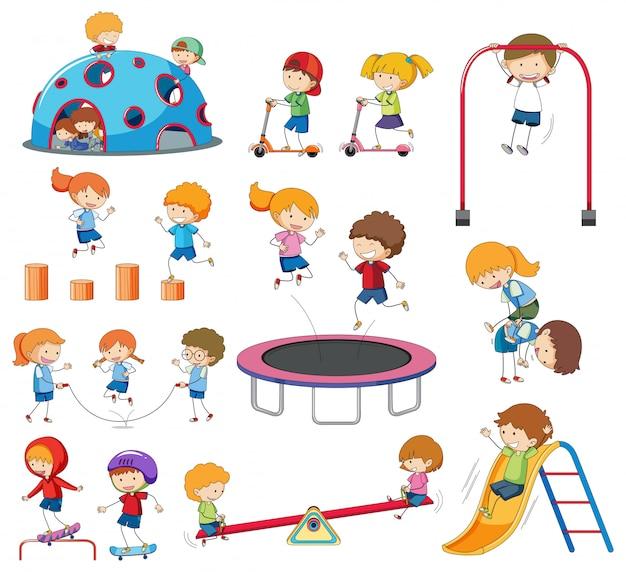 Ensemble d'enfants de griffonnage jouant