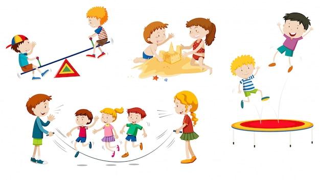 Un ensemble d'enfants jouant