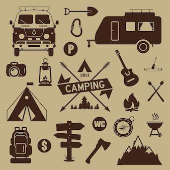 Ensemble d'équipement de camping et d'icônes