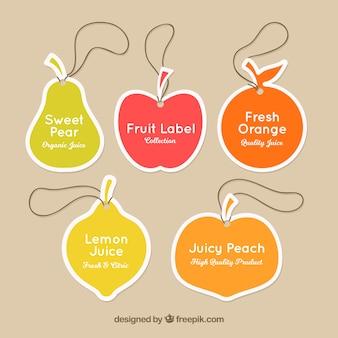 Ensemble d'étiquettes avec des formes de fruits