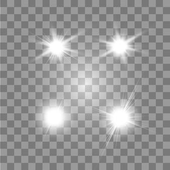 Ensemble d'étoiles à effet de lumière rougeoyante de vecteur éclate d'étincelles. étoiles transparentes.