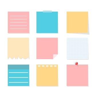 Ensemble de feuilles de notes colorées