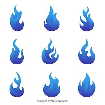 Ensemble de flammes plates dans des tons bleus