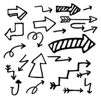 Ensemble de flèche dessiné main isolé