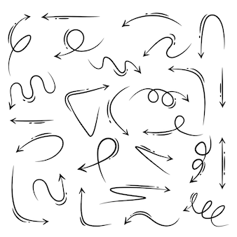 Ensemble de flèches dessinées à la main. éléments de design vectoriel doodle.
