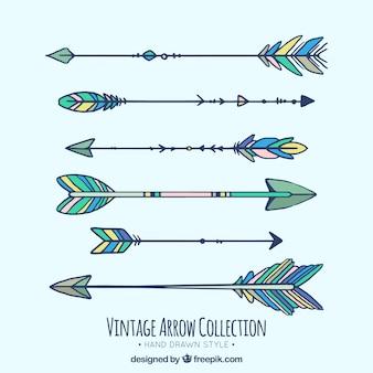 Ensemble de flèches dessinées à la main ethniques
