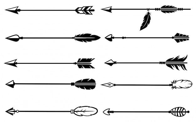 Ensemble de flèches indiennes. collection de diverses flèches tribales ethniques avec plume.