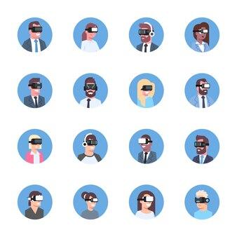 Ensemble de gens d'affaires portant des lunettes 3d modernes icônes concept de casque de réalité virtuelle