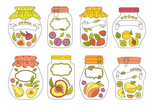 Ensemble de griffonnage de fruits de pot de verre étiquette et autocollant. jus de dessin animé pomme abricot prune pêche.