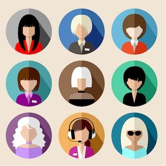 Ensemble d'icônes plats ronds avec des femmes.
