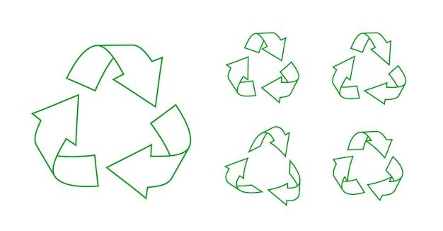 Ensemble d'icônes de recyclage triangulaire de contour vert faire pivoter les symboles de flèches de recyclage élément d'infographie de rotation écologique pour le logo d'applications de site web utilisant des ressources recyclées isolées sur une illustration vectorielle blanche