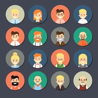 Ensemble d'icônes souriant de dessin animé