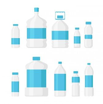 Ensemble d'illustration de bouteille d'eau pack couleur bleu clair sur fond blanc. concept d'eau de livraison, service de différentes formes de bouteilles