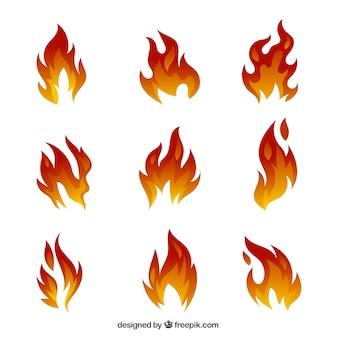 Ensemble impressionnant de flammes