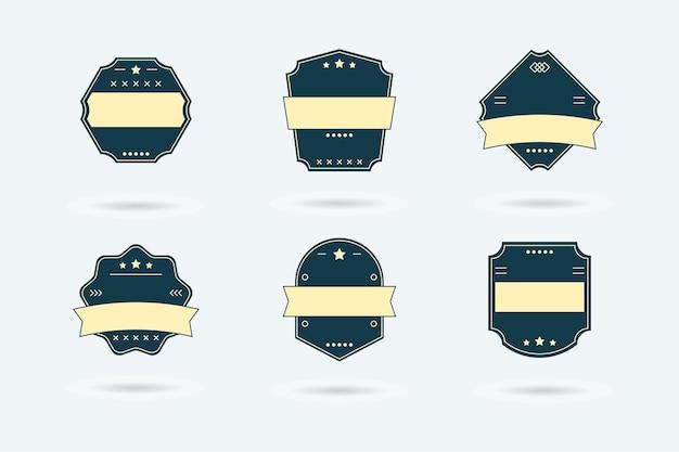Ensemble d'insignes de logo vierges rétro vente vintage sur un blanc.