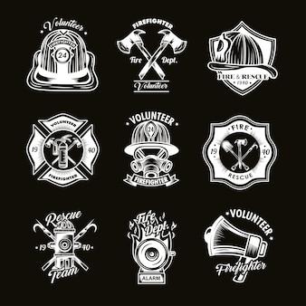 Ensemble d'insignes de pompier